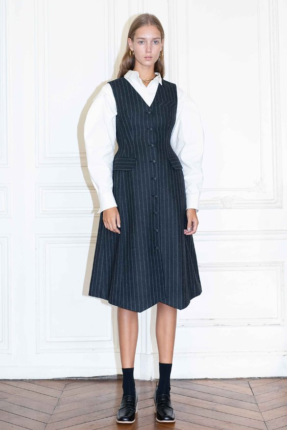 [앤유][시즌 세일]VENDOME v- neck sleeveless vest dress (Charcoal gray pin stripe)