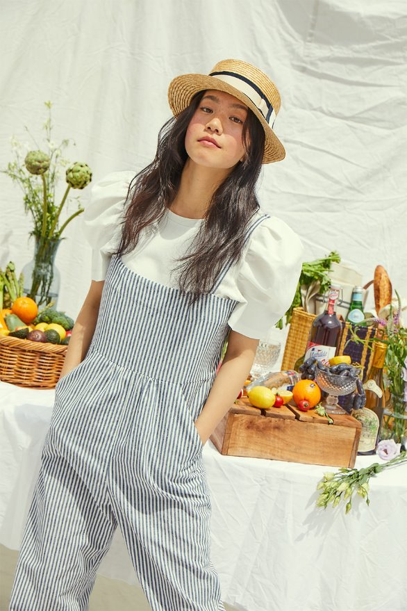 [앤유x이설][여름방학 안소희착용]GRIFFITH PARK camisole overall (White and light navy stripe)