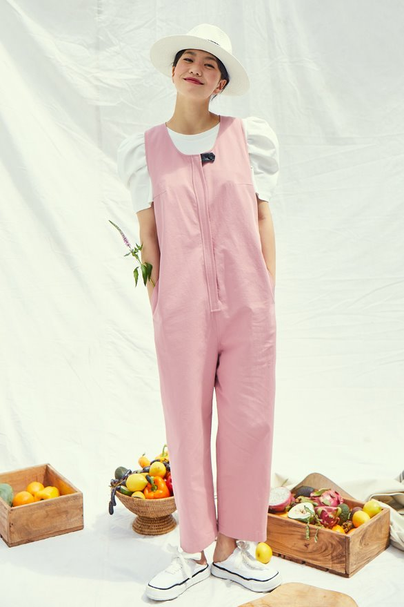 [앤유x이설][신세경착용]LAGUNA loose fit sleeveless romper (Indie pink)
