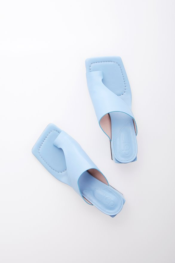 HIGHLAND PARK sandals (Sky blue)