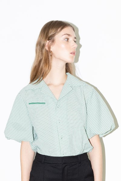[김나영 노필터 TV]ORANGE COUNTY notched collar balloon short sleeve blouse (Green gingham check)