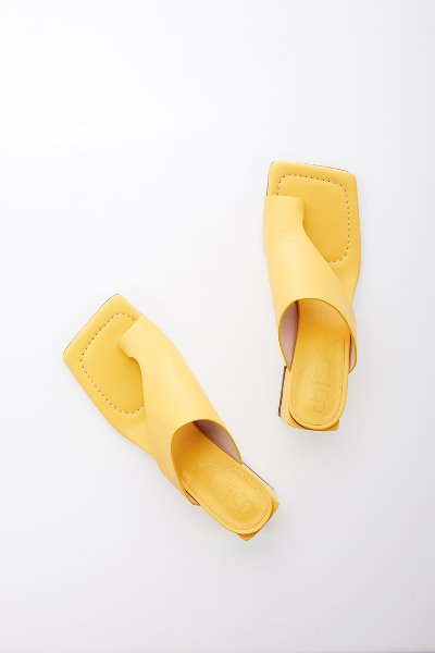 [김나영 노필터 TV]HIGHLAND PARK sandals (Yellow)